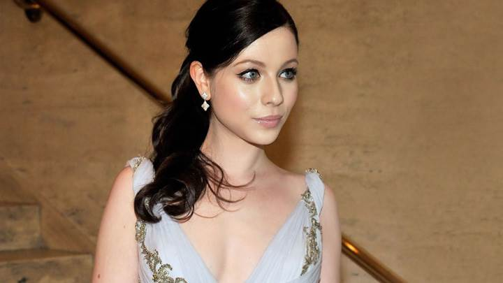 Michelle Trachtenberg Cute Eyes N Glossy Lips Photoshoot